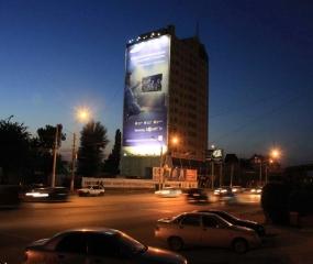 Брандмауэр «Samsung» - ул. Ленина. д. 56, ночной вид