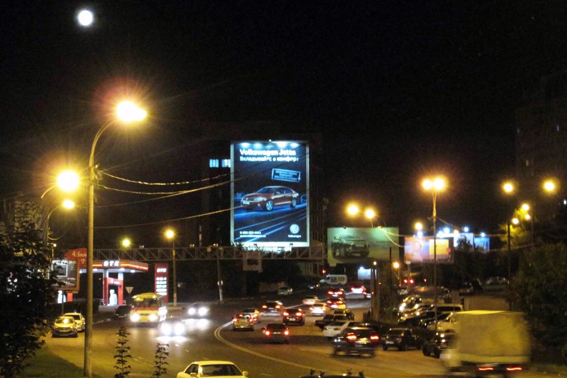 Брандмауэр ул. Ленина, 7, ночной вид