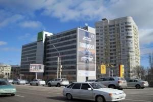 Изготовление и монтаж брандмауэрного панно в рамках проведения рекламной кампании бренда «Volvo» в Воронеже
