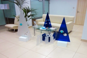 Новый год в офисе банка «ВТБ» – искусство оформлять!